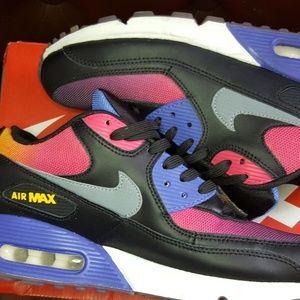Premium on Poshmark Nike Homme's Chaussures 6tI5xtqw